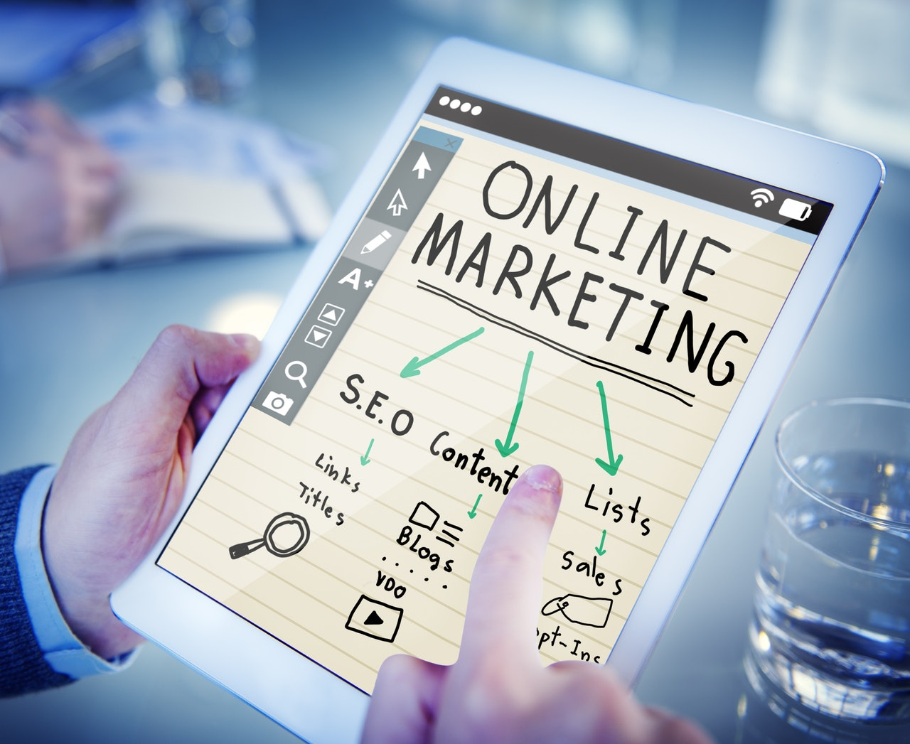 7 Online Marketing Ingredients You Can't Ignore in 2019