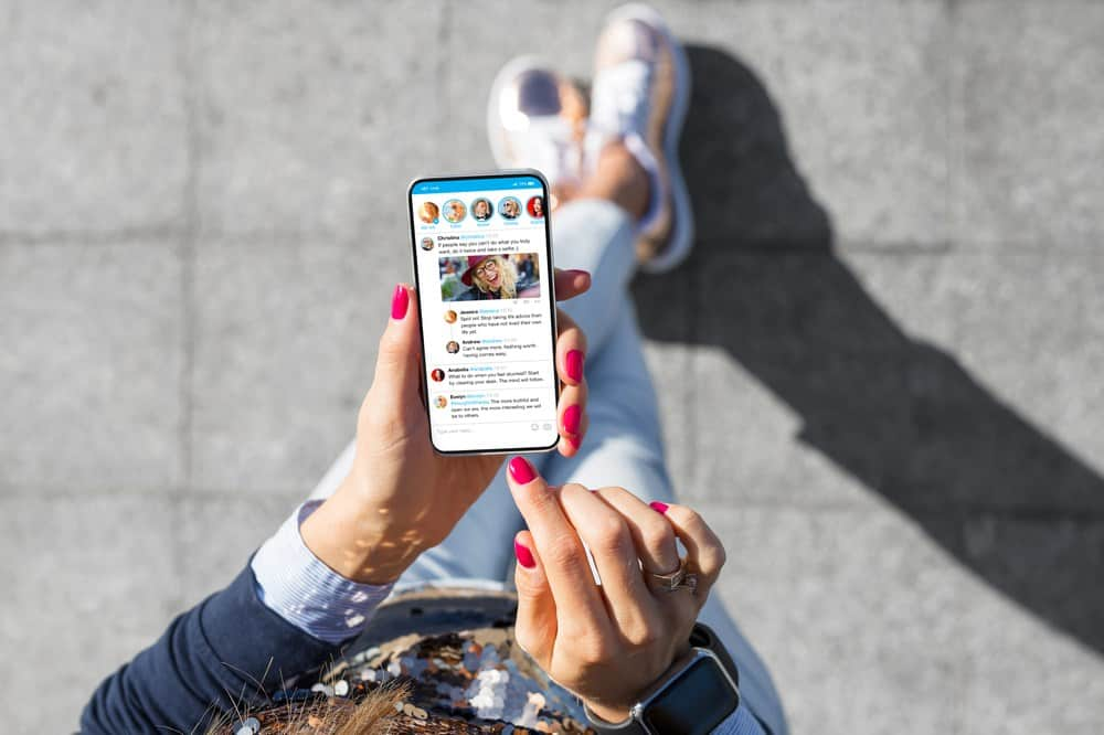 Social Media Feeds On Websites - Breeze Development